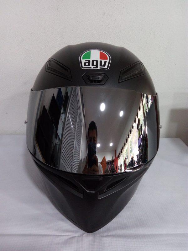 Casco marca agv modelo K-1 color negro mate