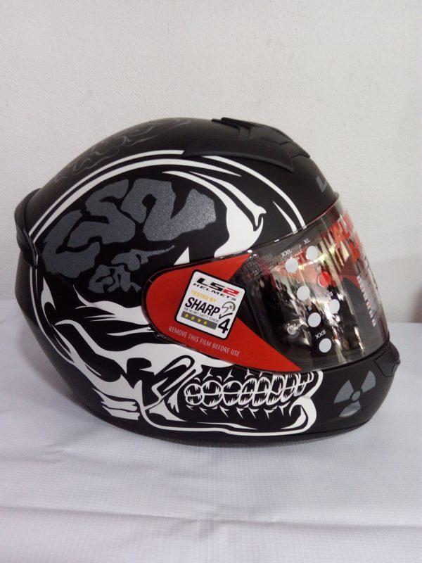 casco cerrado marca ls2 modelo rapid cráneo