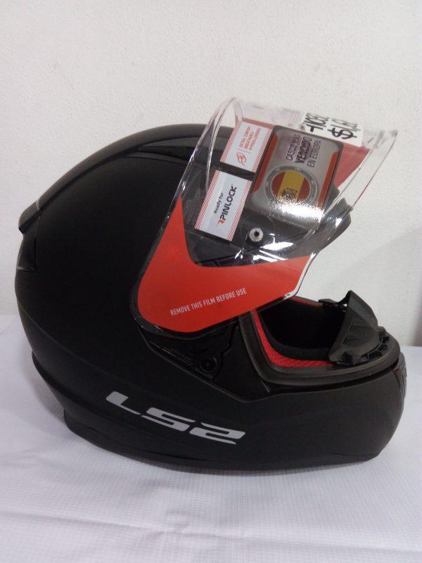 casco cerrado marca ls2 color negro mate