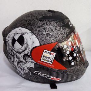 casco cerrado marca ls2 color negro mate diseño rabbit